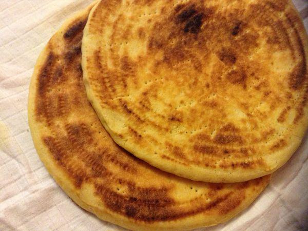 Galettes Algerienne à la levure (kessra ftir à la levure )