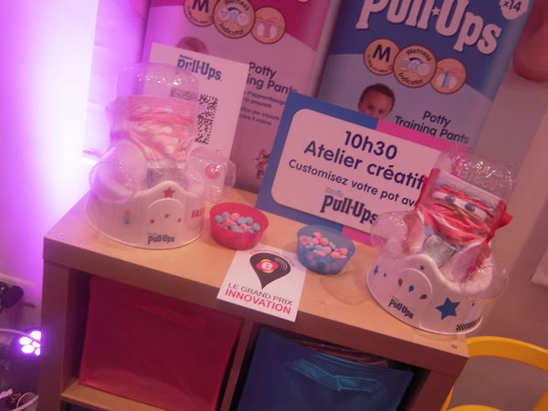 "Atelier ""customisation de pot"", proposé par Huggies"