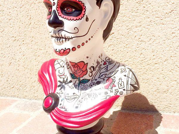 Statue Homme Calaveras Tattoo