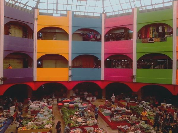 Named after Prophet Muhammad's entrepreneurial wife, this rainbow-colored bazaar is mostly run by women.