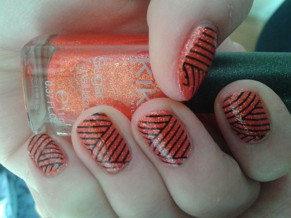 Nail Art Stamping &quot&#x3B;rayures&quot&#x3B;