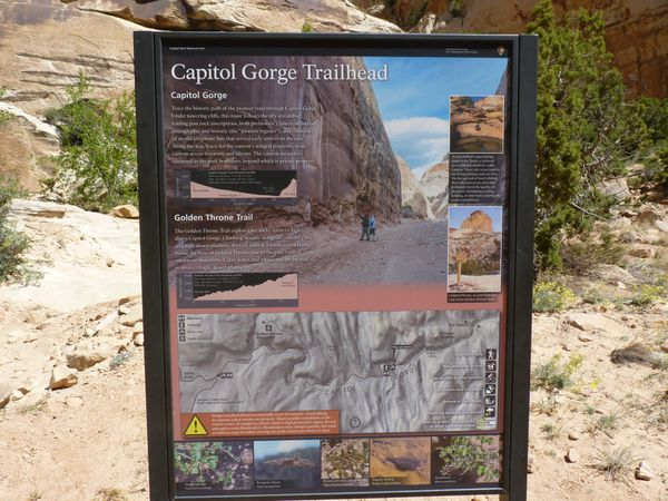 Capitol Gorge et Grand Wash trail. Capitol Reef