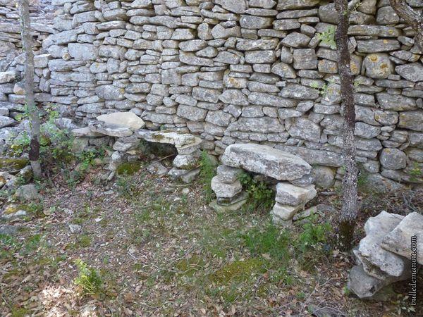 La seconde ruine aménagée pour le casse-croûte