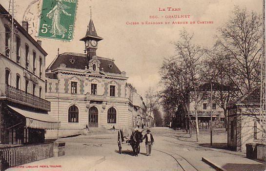 Le bâtiment de la Caisse d'épargne daté de 1900