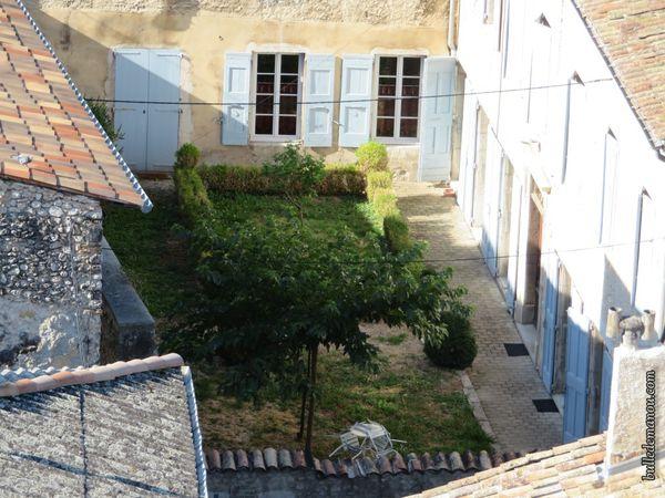 Le jardin de la cure et autres coins verts intra-muros