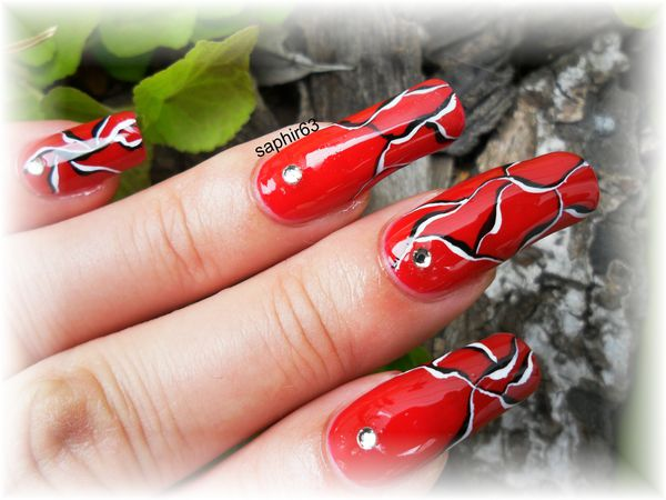 nail art abstrait