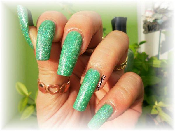 vernis kleancolor 136 holo green