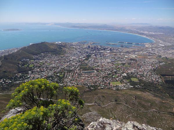"""Aujourd'hui, la vue à 360° depuis """"Table Mountain"""" est magnifique avec, de plus, une météo clémente."""