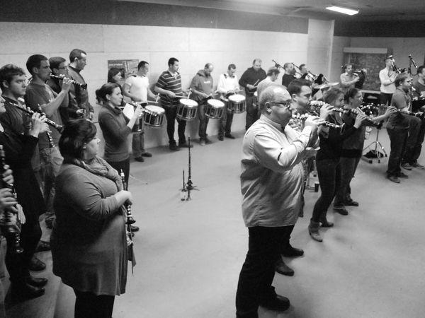 Le Bagad en répétition pour le concours de Brest 2014