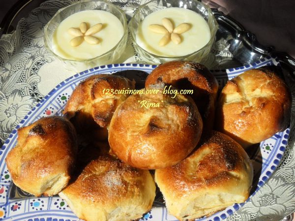 "✫¸.•°*""˜˜""*°•.✫Brioches pour accompagner S'hour✫¸.•°*""˜˜""*°•.✫"