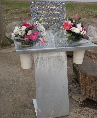 Inauguration stèle Xynthia à #Charron