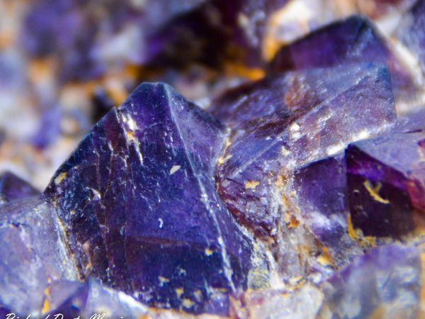 Fluorite from La Barre, Martinèche, Puy-de-Dôme (63), France (size: Cabinet)