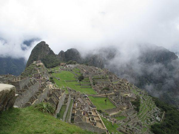 Top 5 des sites archéologiques : 1.Machu Picchu au Pérou (Pour son côté mythique et sa vue incroyable), 2.Téotihuacan au Mexique (Pour ses pyramides et son passé Aztèque), 3.Copan au Honduras (Pour ses merveilleuses statues mayas et son apport à l'histoire), 4.Kuelap au Pérou (Pour son aspect cité perdue et son histoire Chachapoya), 5.San Agustin en Colombie (Pour ses incroyables statuettes de pierre et le mystère sur cette civilisation)