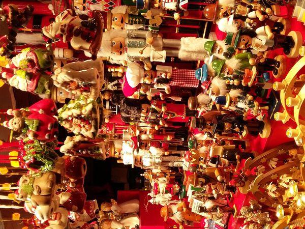Le marché de noël de Strasbourg - visite virtuelle et découverte des spécialités culinaires