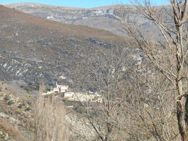 1- Chaudebonne le Village perdu. 2- La petite départementale 186. 3- Elles ne sont plus à l'alpage.