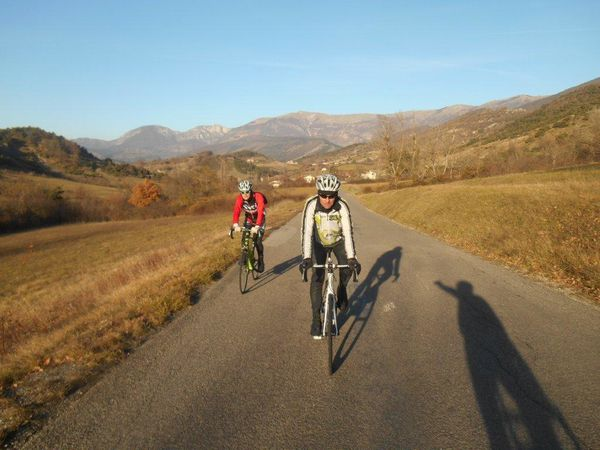 1- Alain et Rémi plein de soleil ! 2- Col de l'Homme. 3- Un dernier regard sur les belles montagnes.