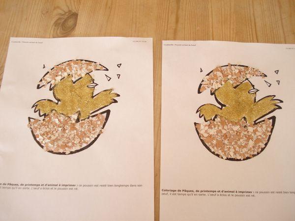 2 poussins sortant de leur coquille : des coquilles d'oeufs, des paillettes et de la colle à bois