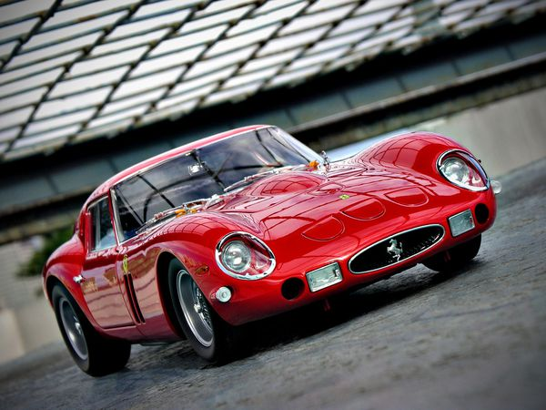 40 millions d 39 la voiture la plus ch re du monde 1963 ferrari 250 gt le plus cher du monde. Black Bedroom Furniture Sets. Home Design Ideas