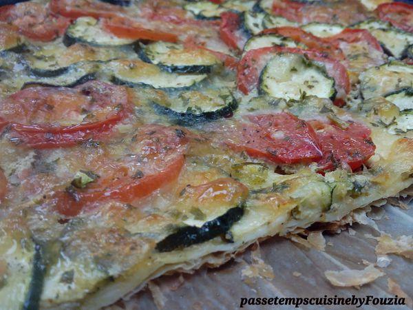 Tarte à l'italienne, pesto, courgette et tomates Roma
