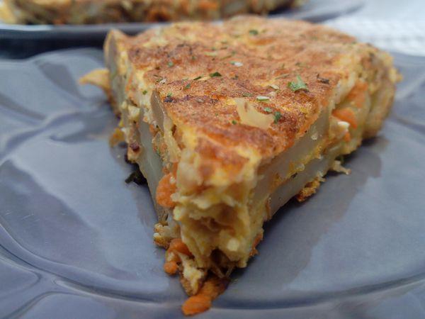Omelette aux pommes de terre et carottes
