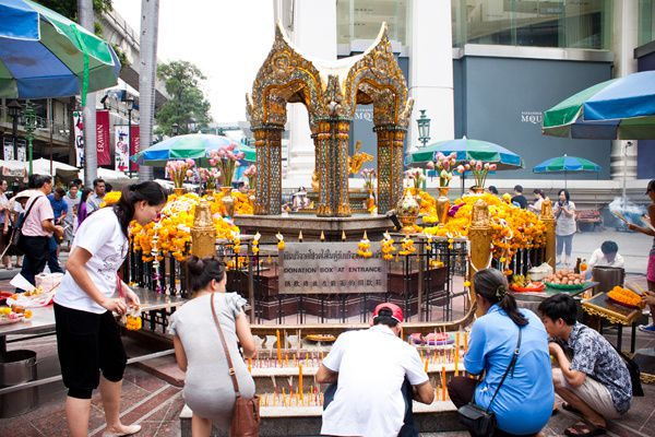 Le Sanctuaire d'Erawan, Bangkok, Thaïlande