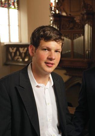 thomas kientz, un grand organiste qui se forme à l'art de l'improvisation dans la classe de pierre pincemaille au conservatoire de st-maur des fossés