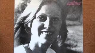 christine authier, de son vrai nom christine bobin qui crée son chemin entre amérique, folk et chanson française