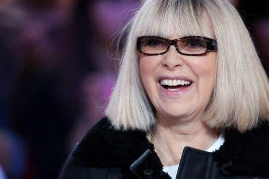 mireille darc, une grande actrice et réalisatrice française qui nous quitte, égérie de michel sardou et serge gainsbourg