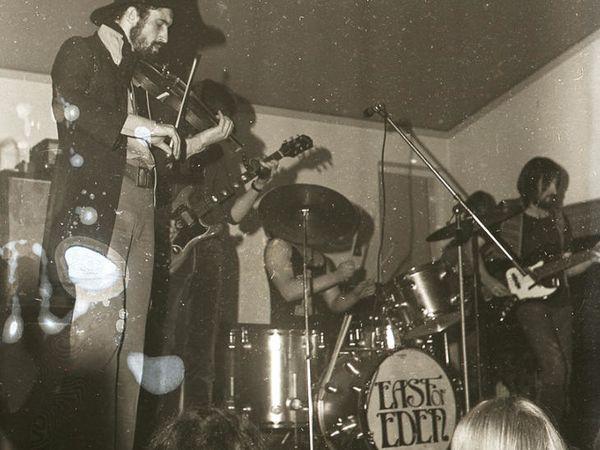 east of eden, un groupe anglais de rock progressif pour une musique empreinte de jazz fusion et d'influences orientales