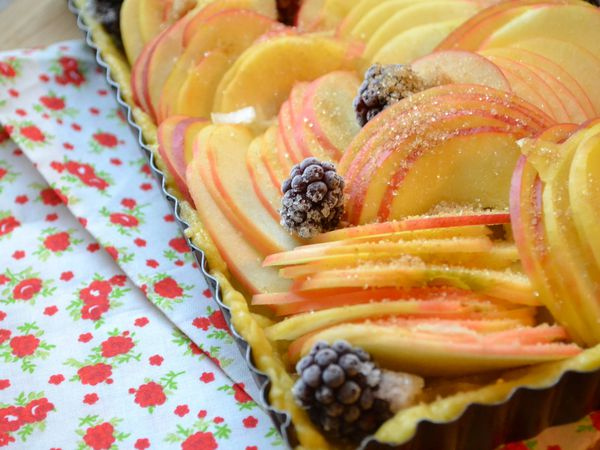Tarte aux pommes et mûres ou tarte Isa-Marie :-)