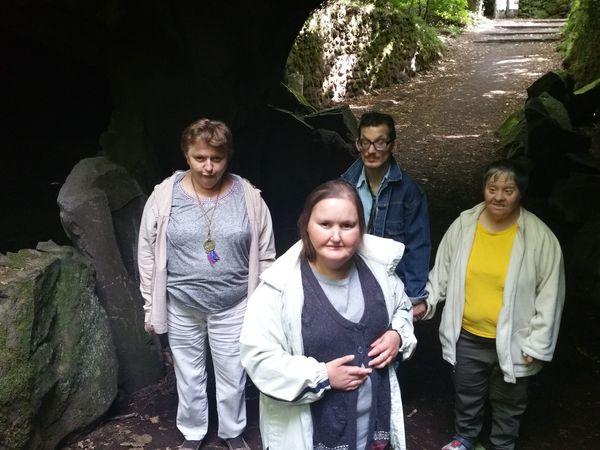 Aujourd hui nous sommes partis a l aventure dans les bois de Volvic ...