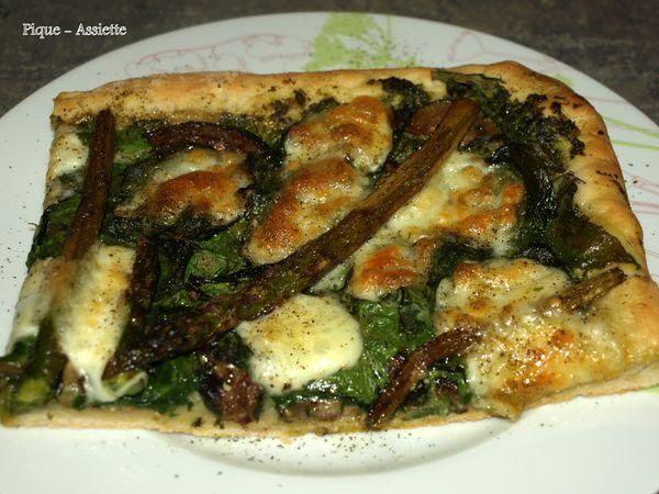 Pizza verdé au pesto maison.