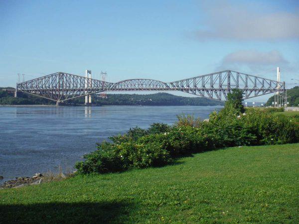 Le pont, la chute...