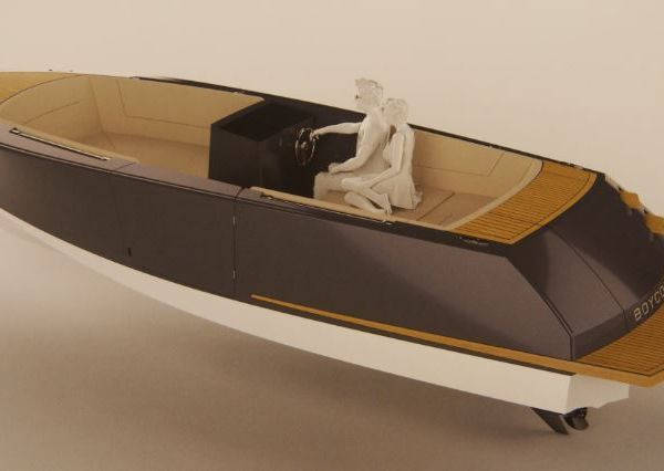 SCOOP Nautic 2014 - Boycott, une vedette open innovante par le chantier Rosewest (33)