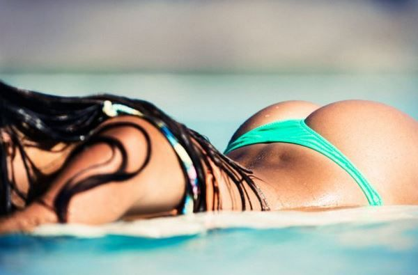 VIDEO - making of du calendrier 2015 Miss Reef