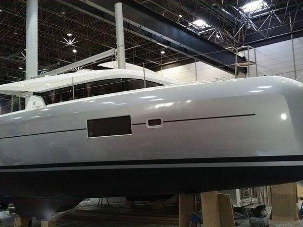 SCOOP Boot 2016 - les toutes premières photos du nouveau catamaran Lagoon 42