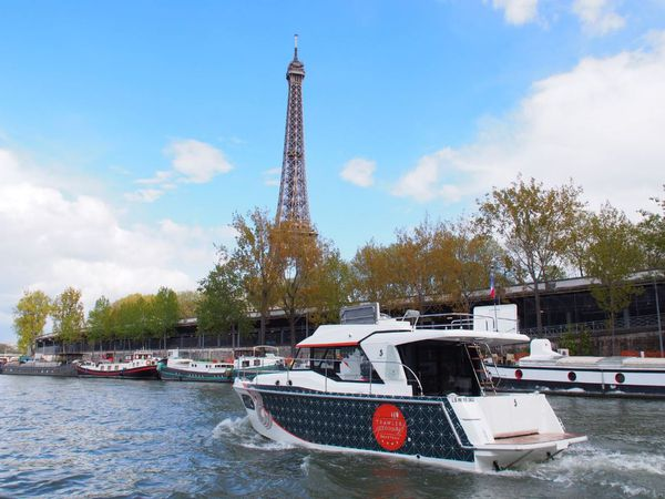 Trawler Gourmand - photo reportage de la traversée de Paris en Bénéteau Swift Trawler 30