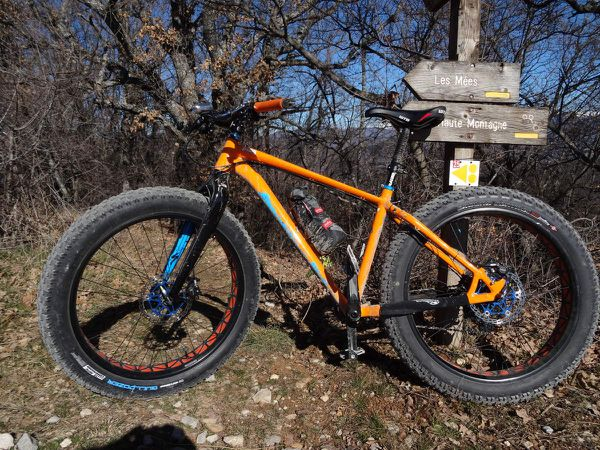 &quot&#x3B;NEW&quot&#x3B; Pneu Specialized fat ground control 26X4.0.