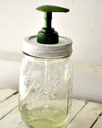 Source image 3: http://www.sheknows.com/living/articles/965571/diy-mason-jar-soap-dispenser