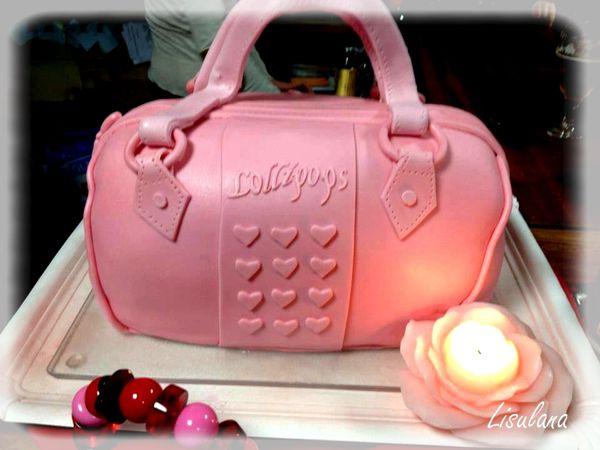 """Gâteau """"Sac à main Lollipops"""" reproduction en taille réelle du sac"""