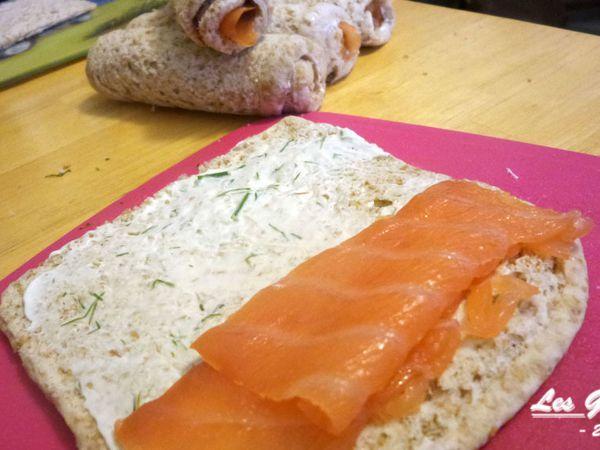 Recette : maki de pain de mie au saumon et fromage frais