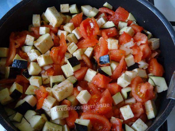 Cannelonnis aux tomates,aubergine et bœuf nappés crème épaisse et fromages