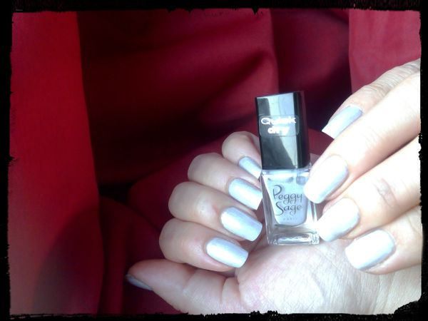 Nolween....mini vernis Quick Dry Peggy sage....