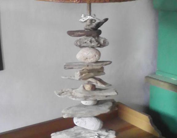 Cadeaux de noel lampes en bois flotte le blog de for Centre de table de noel en bois flotte