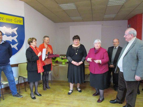 Monique Richard et Sonia Derouet ont reçu leurs médailles des mains de Jacqueline Gourault et Maurice Leroy
