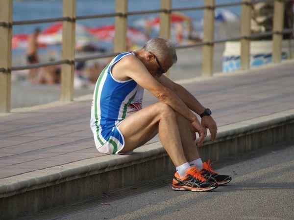 Lo stakanovistiko furore dei runner che corrono sotto la canicola