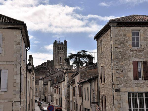 La cathédrale Saint-Pierre et le cloître de Condom