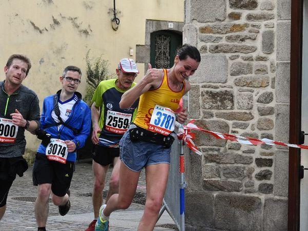 Le semi-marathon Locronan-Quimper : les photos de Penhars Infos