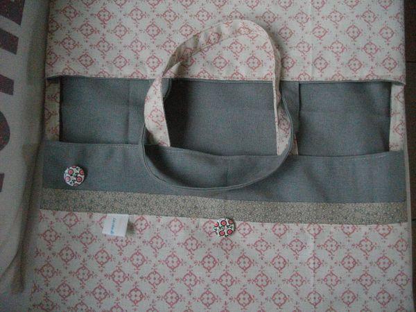 tissu pois lin (Normandie) et pur les autres petite virée chez Alinéa rayon torchon.....trop fastoche. J'ai même récupéré le ruban pour la customisation!