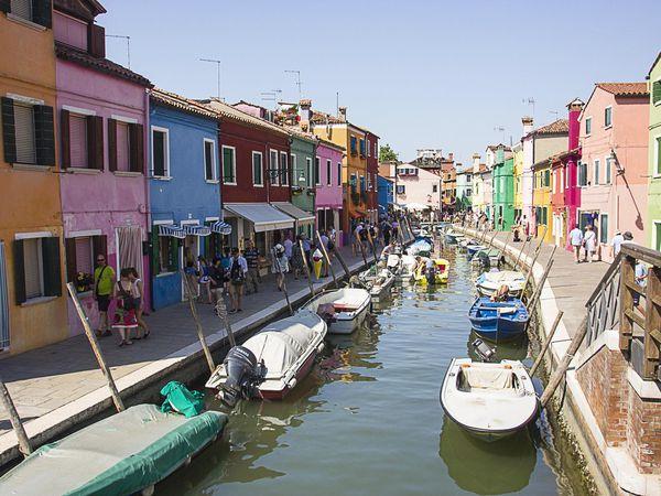 Murano et Burano, îles incontournables.